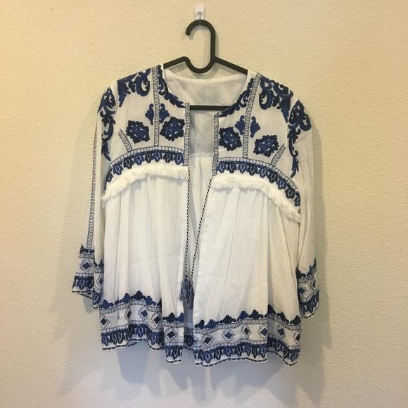 Jackets & Blazers - White and blue pattern jacket
